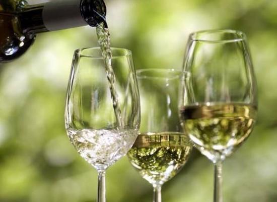 Cómo se elabora el vino blanco