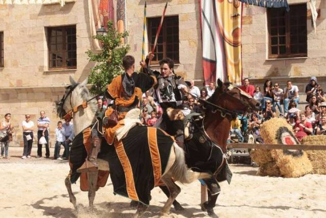 Mercado Medieval de Zamora 2015 - Caballeros - Destino Castilla y León