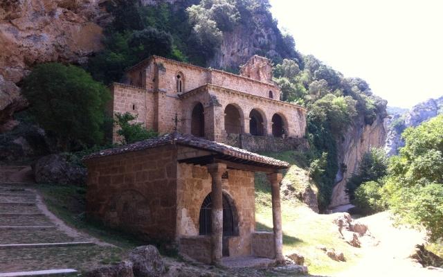 Ermita de la Tobera - Destino Castilla y León