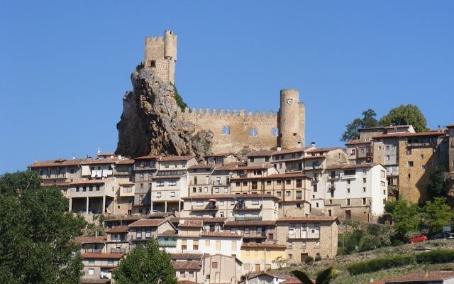 Castillo de Frías - Destino Castilla y León