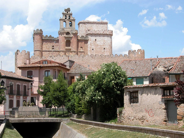 Castillo de Turégano. Autor: Carlos Sieiro del Nido Fuente: Panoramio