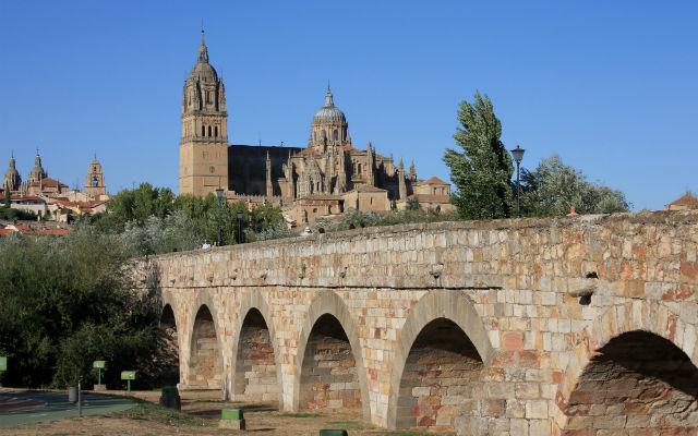 Puente romano de Salamanca - Imagen de Caminosdeferia