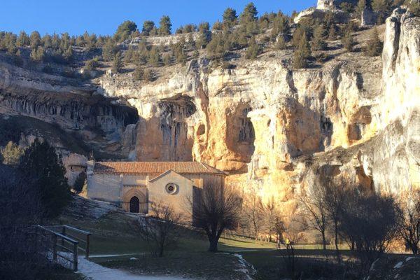Iglesia de San Bartolomé en el Cañón del Río Lobos - Destino Castilla y León