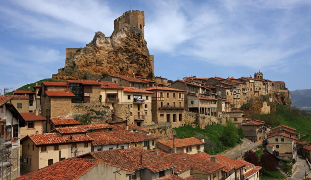 Castillo y Casas Colgadas de Frías - Imagen de Cardinalia Comunicación