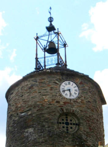 Monumental Torre del reloj de Alcañices