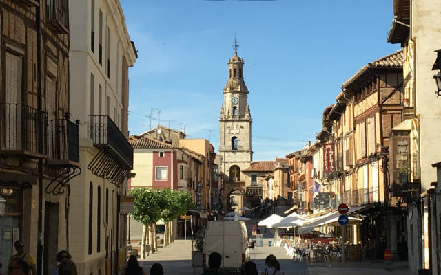 Torre del Reloj de Toro desde el ayuntamiento - Destino Castilla y León