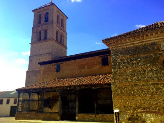 Iglesia de Santa María de Árbas - Destino Castilla y León