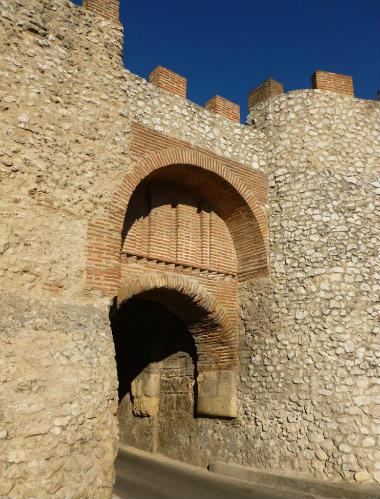 Puerta del Arco de la Villa - Imagen de libanez