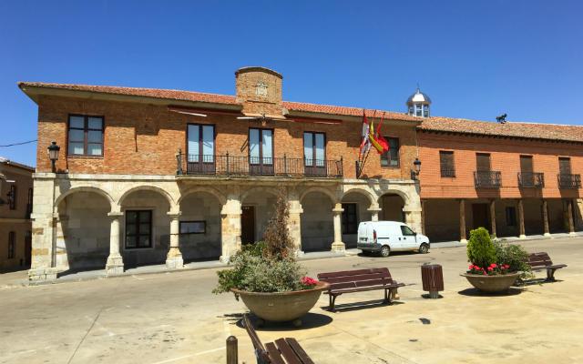 Ayuntamiento de Mayorga - Destino Castilla y León