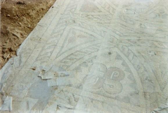 Restos de los mosaicos de la villa romana de Villabermudo de Ojeda - Imagen de la web de Villabermudo