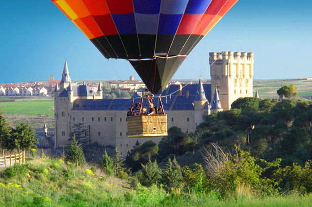 Paseo en globo Segovia_Fuente de la imagen_waallytours