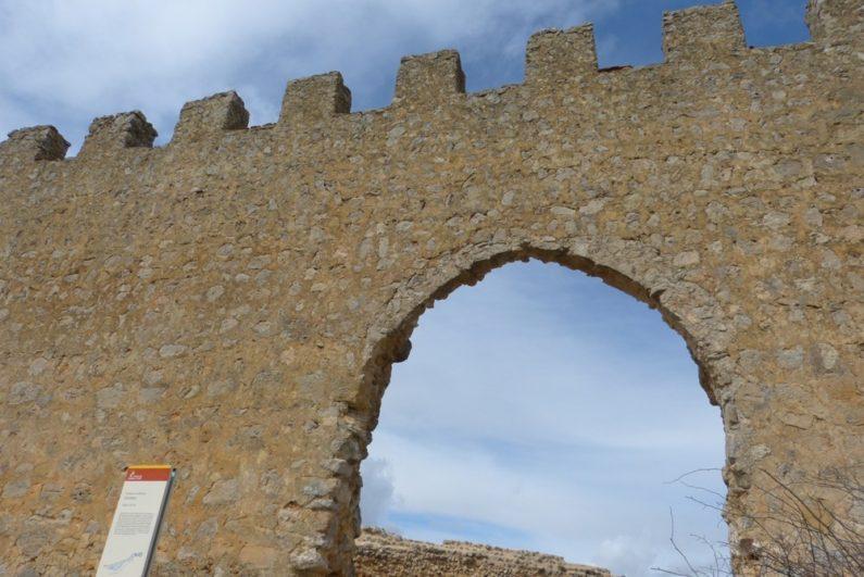Restos de la que fue la puerta cristiana del castillo de Gormaz