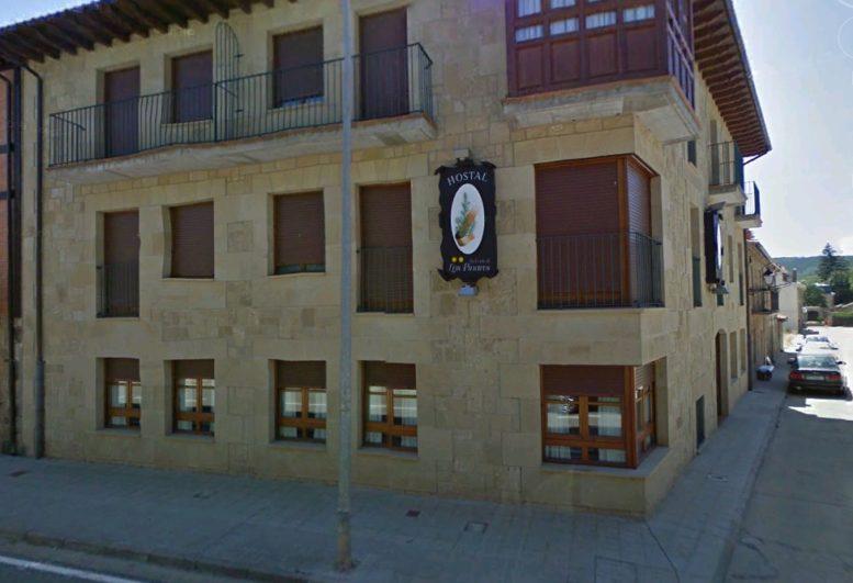 Fachada del Hotel-Restaurante 'La corte de los Pinares'de Vinuesa según Google Maps
