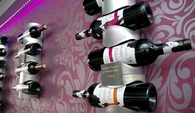 Botellas de vino de la Señorita Malauva