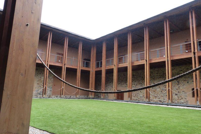 Interior reconstruido del Castillo nuevo
