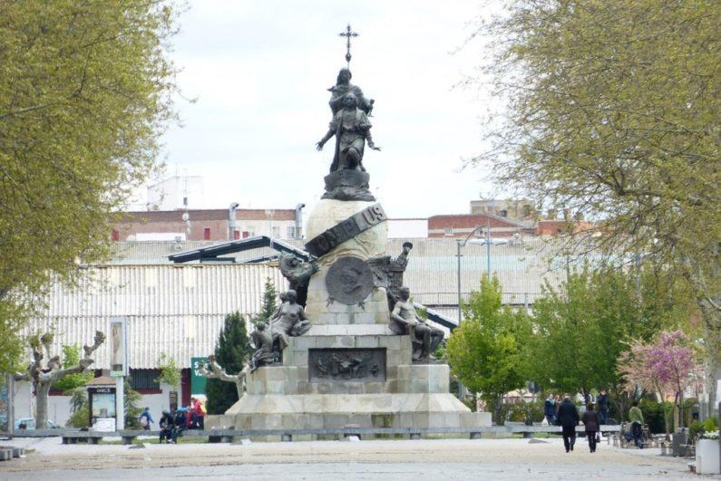 Estatua de Colón en Valladolid - Destino Castilla y León