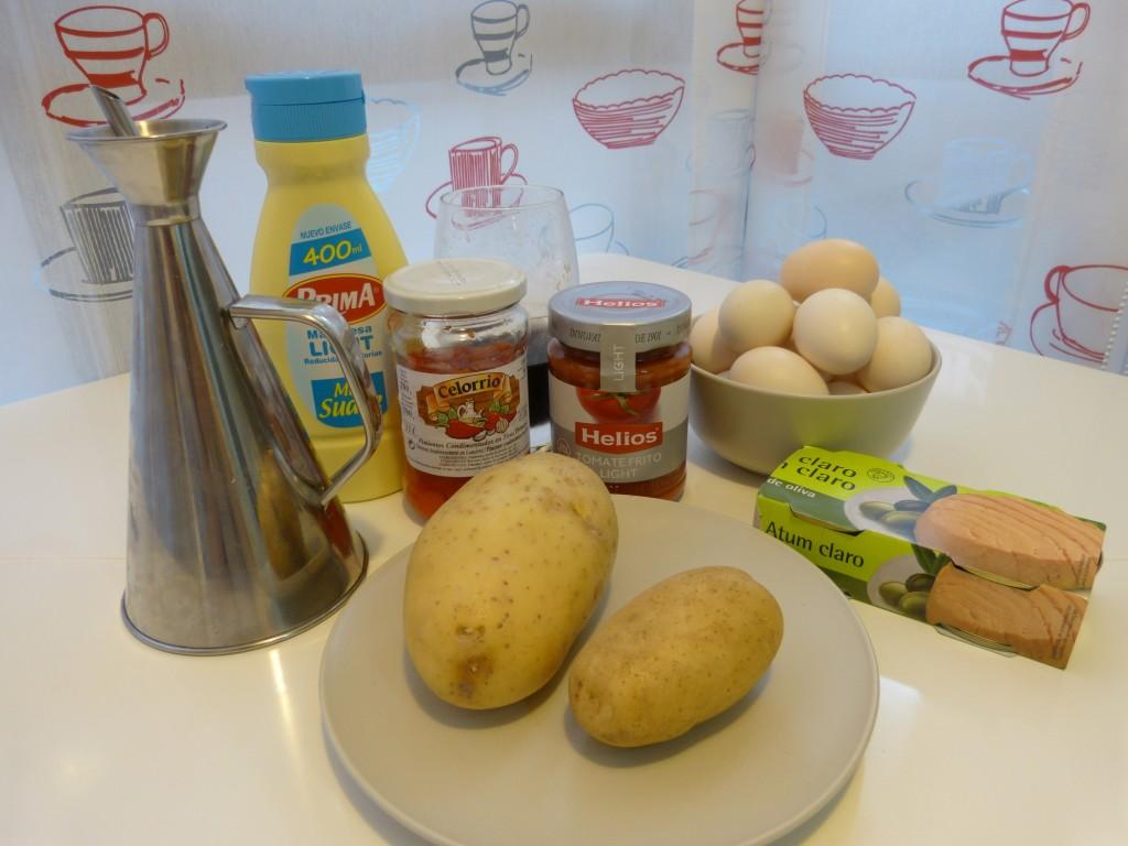Ingredientes de la receta de huevos rellenos a la Vallisoletana