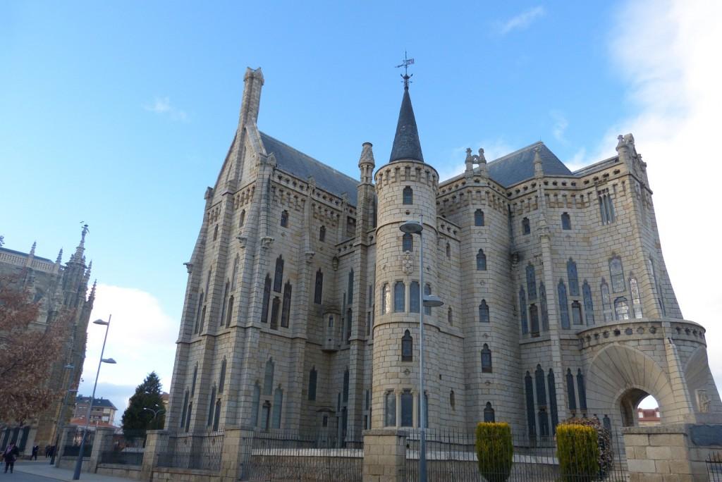Palacio episcopal de Astorga diseñado por Gaudi