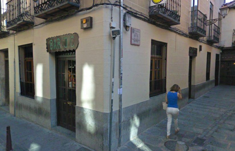 tapas por Segovia - Fachada del bar JC