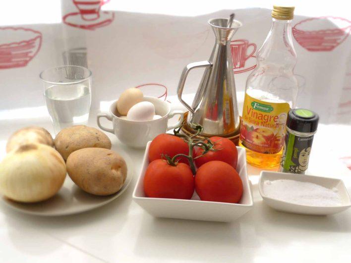 Ingredientes ensalada de patata y huevo