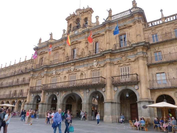 Ayuntamiento de Salamanca de día