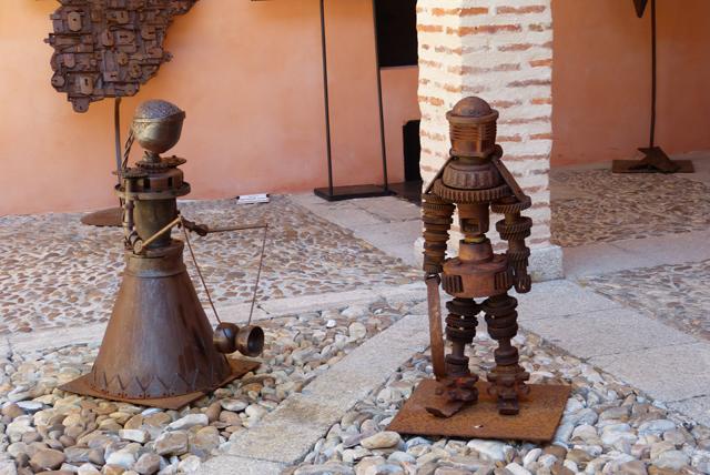 Esculturas de metales reciclados