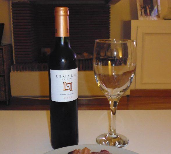 Botella y maridaje de vino Crianza 2009 de Bodegas Legaris