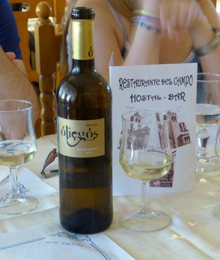 Vino blanco Oliegas