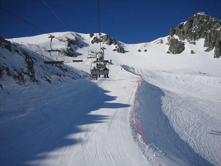 800px-Estación_de_esquí_de_San_Isidro