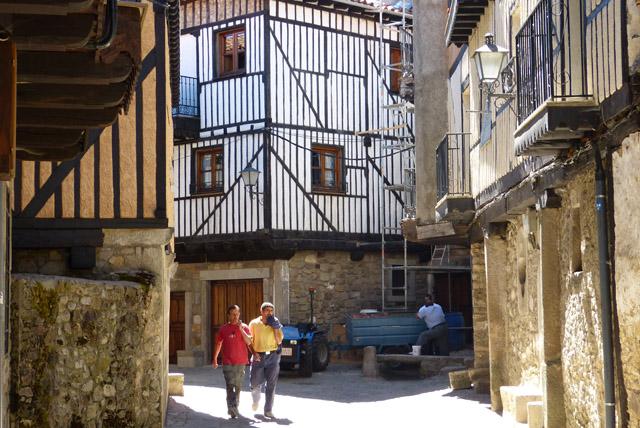 Fachadas de las casas tipicas de la Alberca