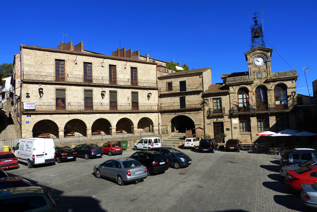 Vistas de la plaza mayor de Fermoselle