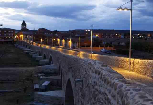 Puente del Hospital del Órbigo