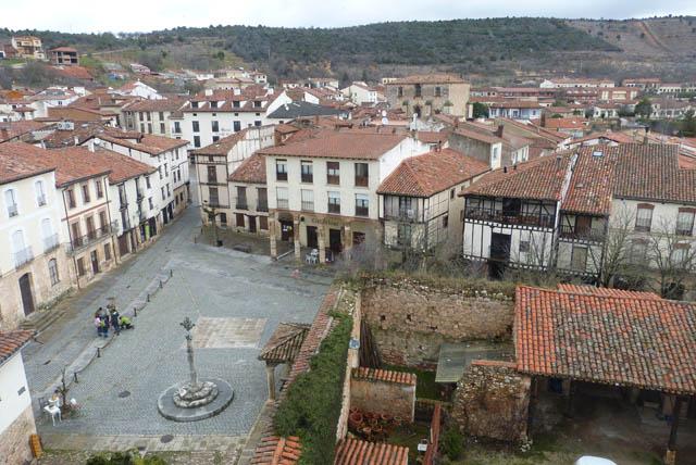 Panorámica de Covarrubias desde el Torreón de Fernán González - Destino Castilla y León