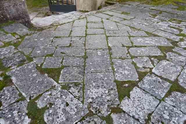 triángulo del Arlanza tablero en piedra