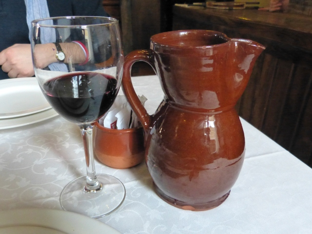 jarra de vino