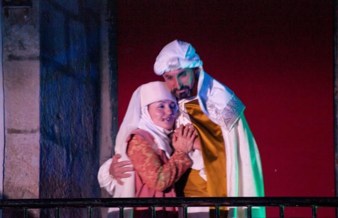 Los conspiradores, Doña Urraca y el rey musulmán Mohamad Almohadio