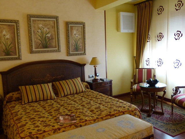Habitación clásica del Hotel Montermoso de Aranda de Duero