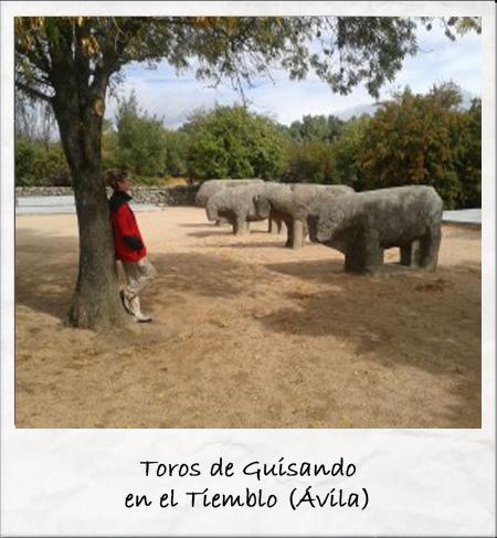 Toros de Guisando Fuente: http://sendasturisticas.com/los-toros-de-guisando/