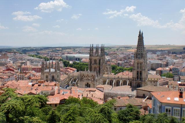 Panorámica_de_la_ciudad_de_Burgos_desde_el_Castillo. (1)