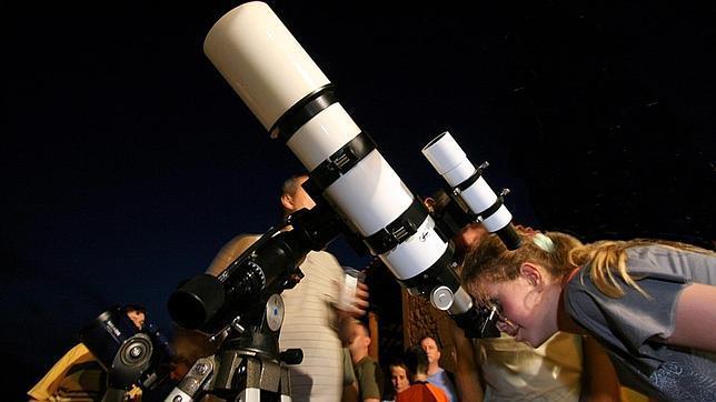 Observar las estrellas Observación de estrellas con telescopio