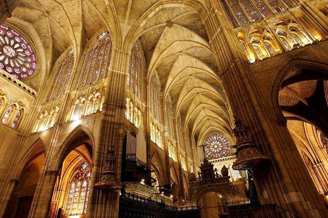 Interior de la catedral de León Foto de Nacho Traseira