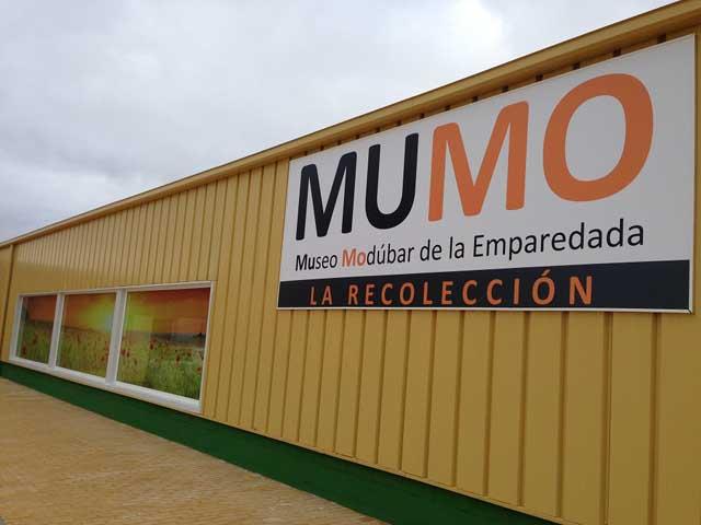 Fachada Museo de Modúbar de la Emparedada
