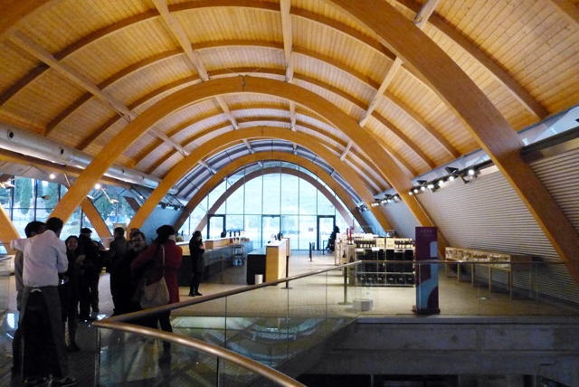 interior Bodegas Protos proyecto Richard Rogers