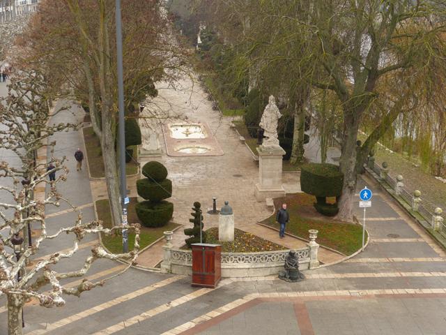 visita guiada por burgos, Paseo del Espolón en Burgos vista superior