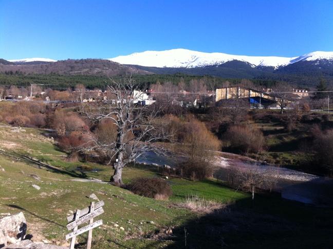 Destino Castilla y León - Vista de Pradera de Valsaín desde la Senda de los Reales Sitios