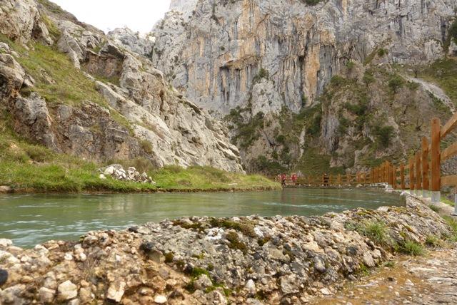 Rutal de Cares - Canal de agua - Destino Castilla y León