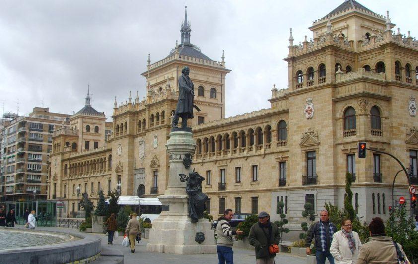 Plaza de Zorrilla de Valladolid - Destino Castilla y León