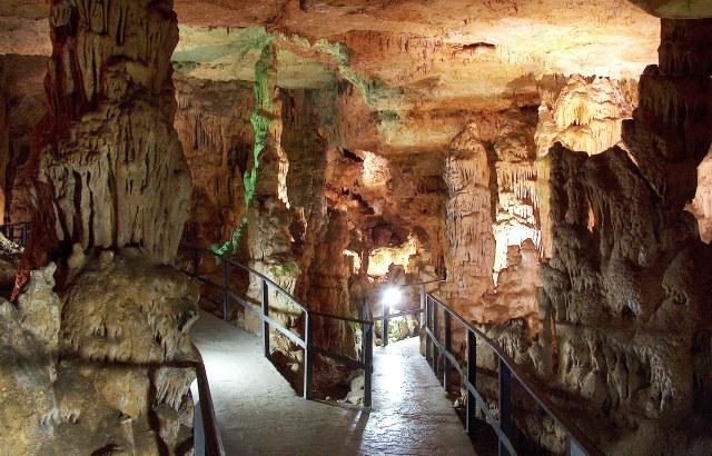 Cuevas visitables en Castilla y León - Cueva de los Franceses