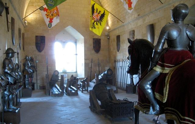 Coleccion de armaduras del Alcazar de Segovia - Destino Castilla y León - Wikipedia