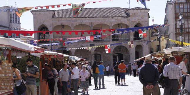 Mercado Medieval de Zamora 2015 - Plaza - Destino Castilla y León